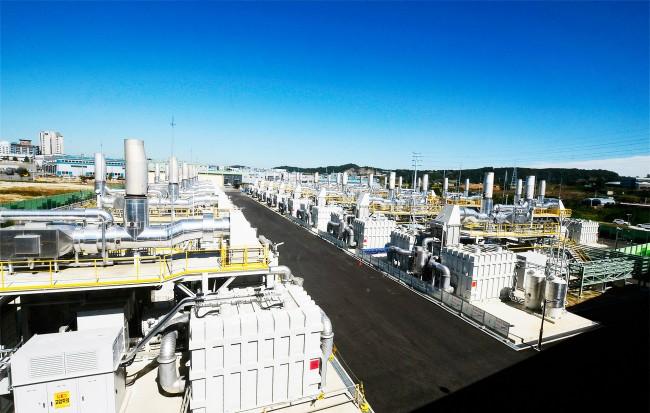 세계 최대 규모의 58.8MW 연료전지 발전단지가 조성된 경기그린에너지 전경. - 경기그린에너지 제공